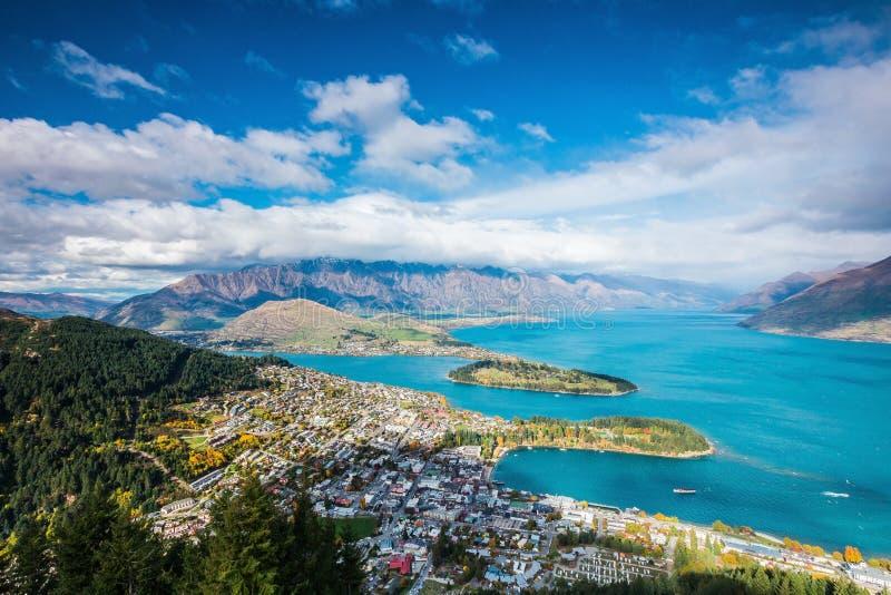 Vue aérienne de Queenstown en île du sud, Nouvelle-Zélande image libre de droits