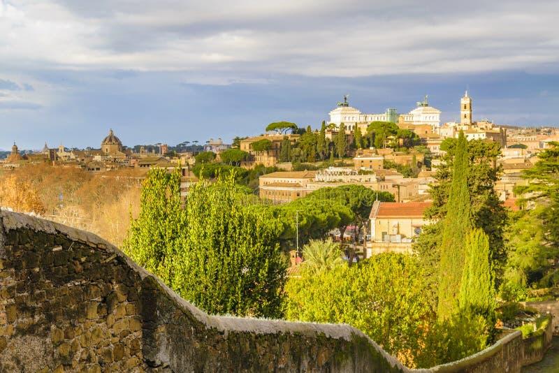 Vue aérienne de Rome de colline d'Aventino image libre de droits