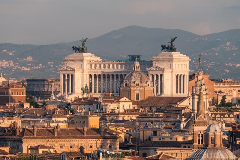Vue aérienne de Rome de l'autel de la patrie photo stock