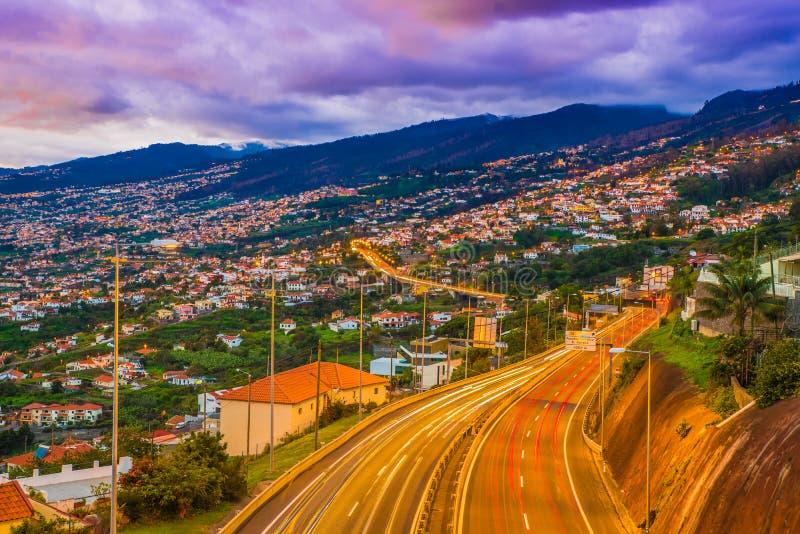 Vue aérienne de route à Funchal, Madère photos stock