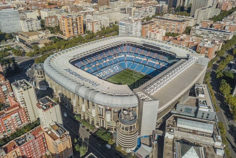 Vue aérienne de stade de Santiago Bernabeu à Madrid image libre de droits