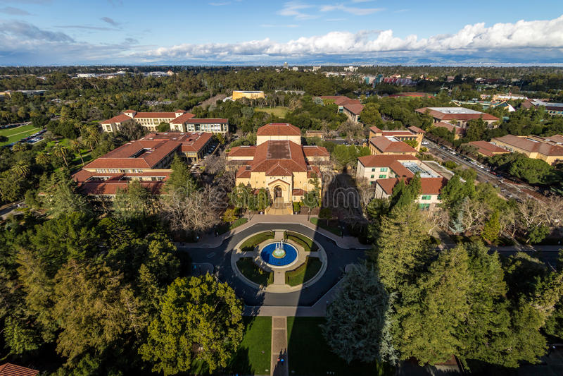Vue aérienne de Stanford University Campus - Palo Alto, la Californie, Etats-Unis images stock