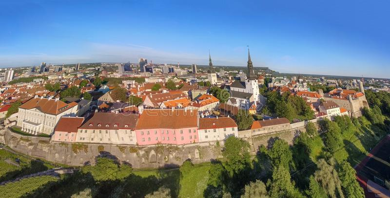Vue aérienne de Tallinn, Estonie photographie stock libre de droits