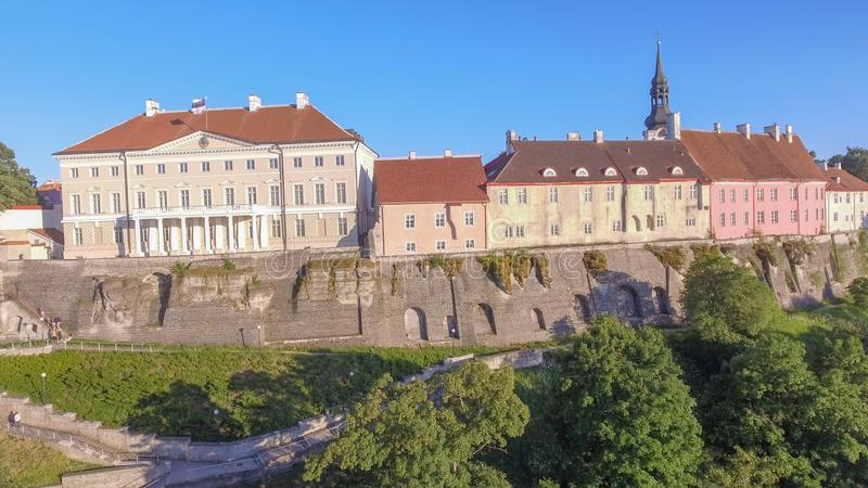 Vue aérienne de Tallinn, Estonie dans la saison d'été images libres de droits
