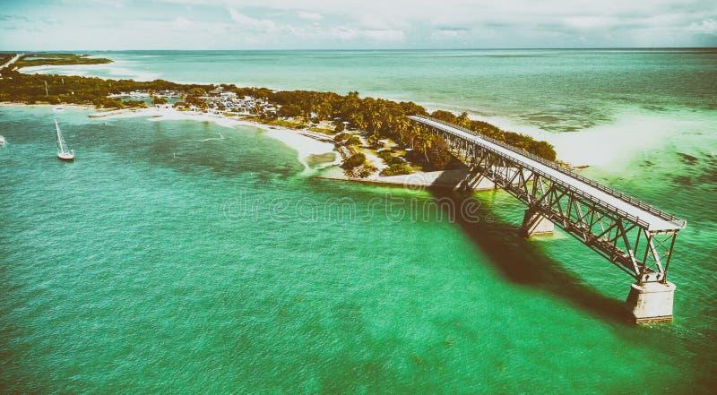 Vue aérienne de vieille Bahia Honda Bridge, la Floride image stock