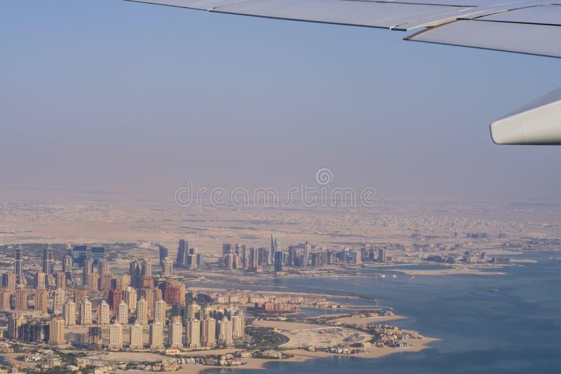 Vue aérienne de ville Doha, capitale du Qatar photo libre de droits