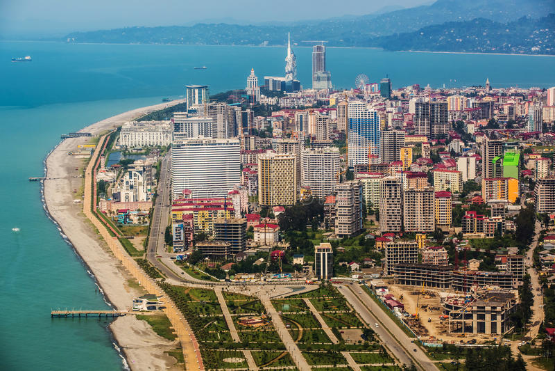 Vue aérienne de ville sur la côte de la Mer Noire, Batumi, la Géorgie images stock