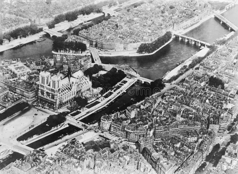Vue aérienne des Frances de Paris (toutes les personnes représentées ne sont pas plus long vivantes et aucun domaine n'existe Gar photos stock