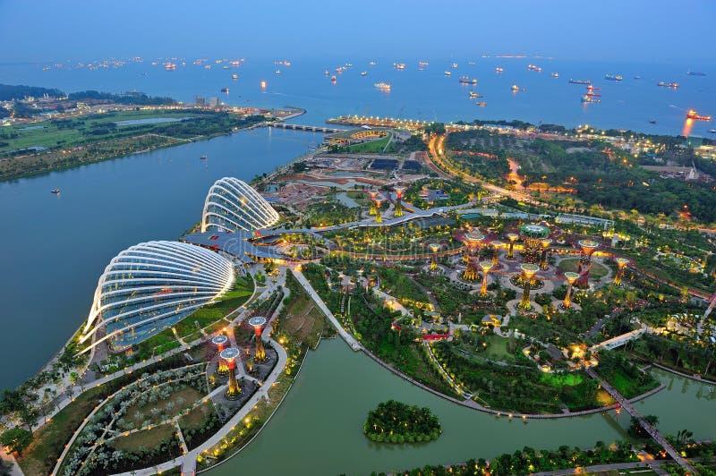 Vue aérienne des jardins par le compartiment Singapour photo libre de droits