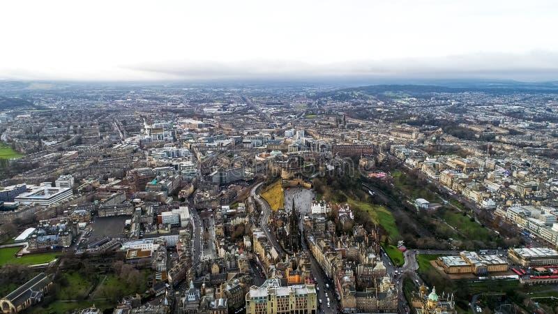 Vue aérienne des points de repère d'Edimbourg en Ecosse R-U images stock