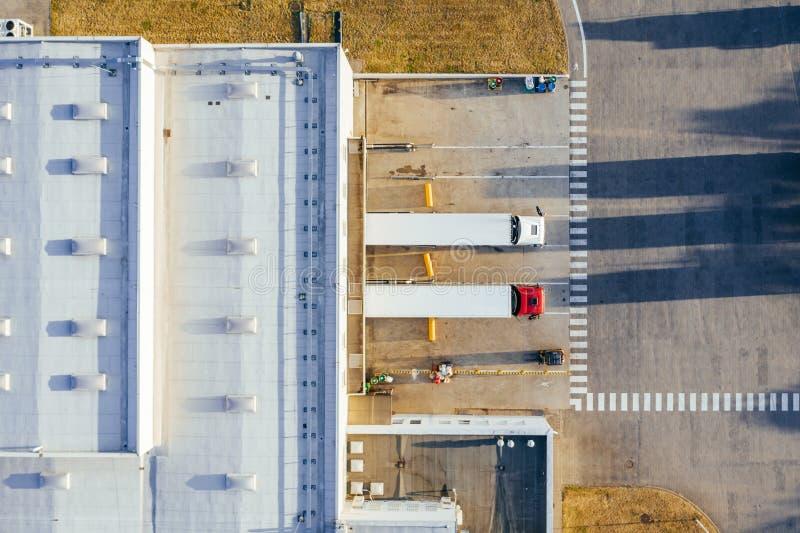 Vue aérienne du centre serveur de distribution photos libres de droits