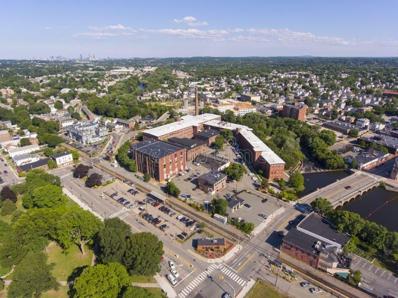 Vue aérienne du centre-ville de Waltham, Massachusetts, États-Unis photos libres de droits