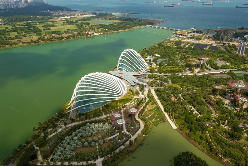 Vue aérienne du dôme de fleur un jour ensoleillé, Singapour image stock