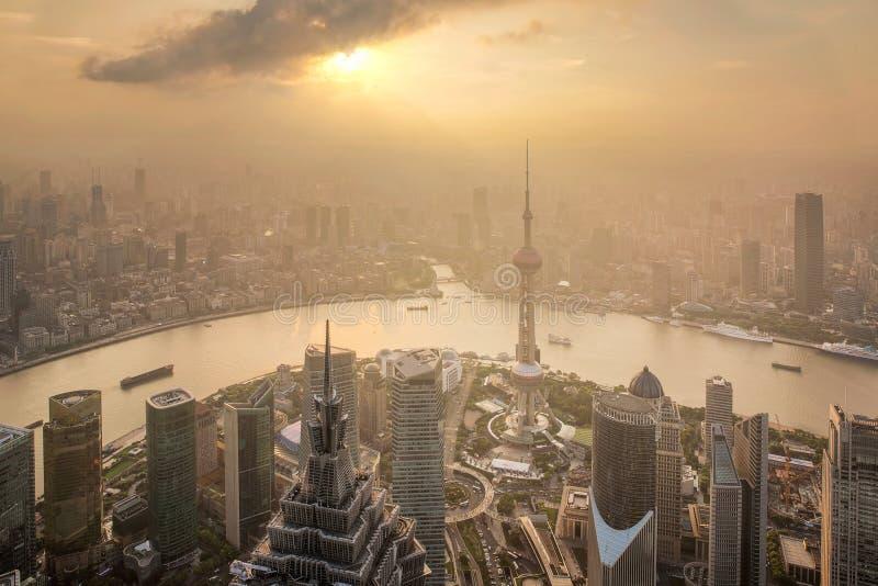 Vue aérienne du paysage urbain de Changhaï image stock