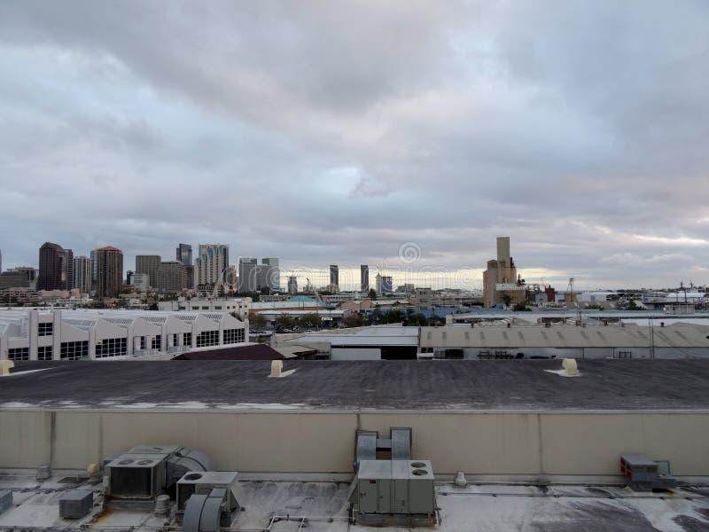 Vue aérienne du port de Honolulu et de l'horizon du centre photographie stock