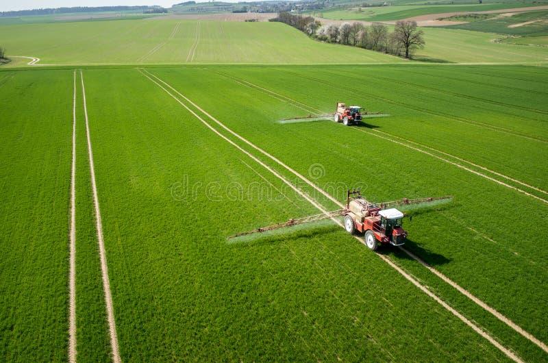 Vue aérienne du tracteur photographie stock libre de droits