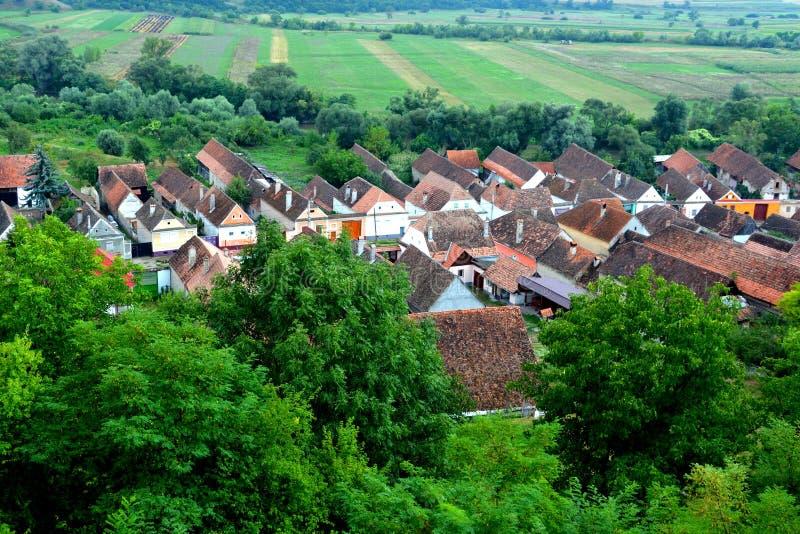 Vue aérienne du village Ungra, la Transylvanie images stock