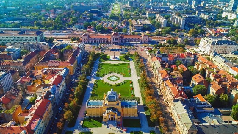 Vue aérienne historique de centre de la ville de Zagreb photo stock