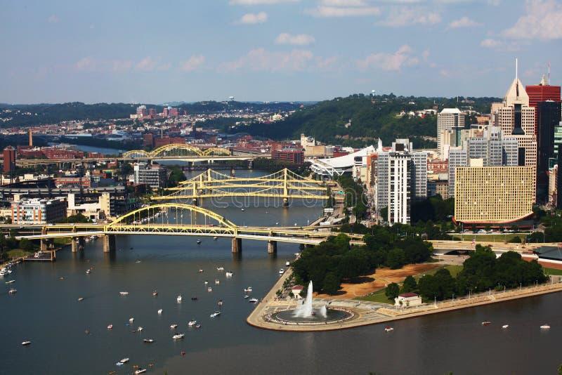 Vue aérienne horizon de Pittsburgh, Pennsylvanie photographie stock libre de droits
