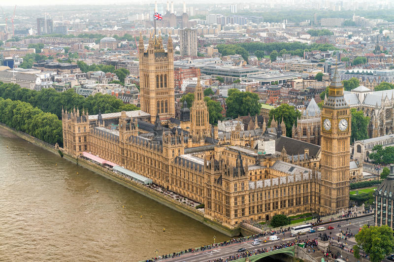 Vue aérienne merveilleuse de Big Ben et Chambres du Parlement en Wes images stock