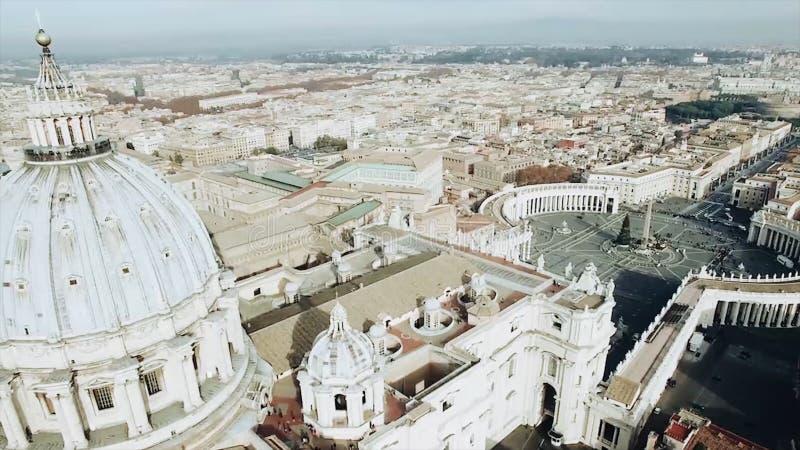Vue aérienne panoramique de place de Rome et de St Peter s, Vatican, Italie barre Vue de la coupole du saint de Vatican images stock