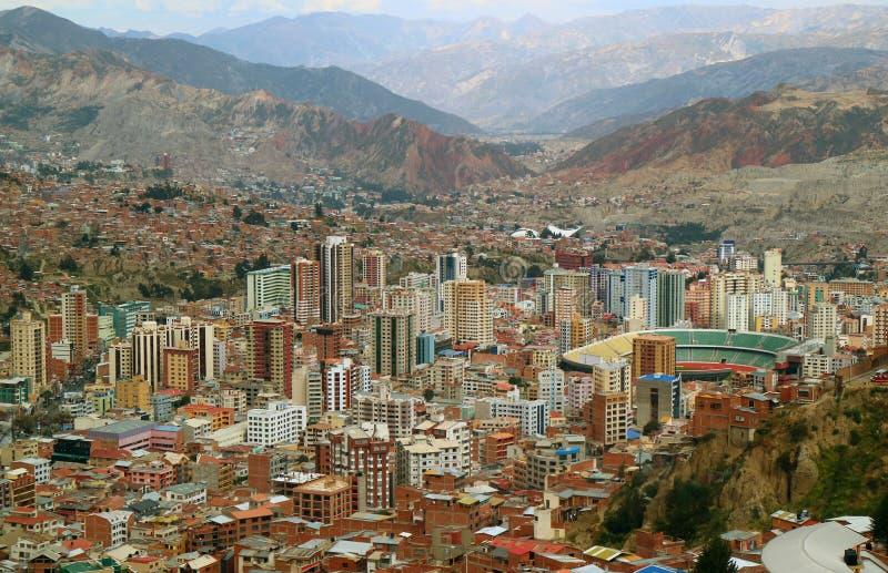 Vue aérienne spectaculaire de La Paz comme vu du funiculaire, La Paz, Bolivie image libre de droits