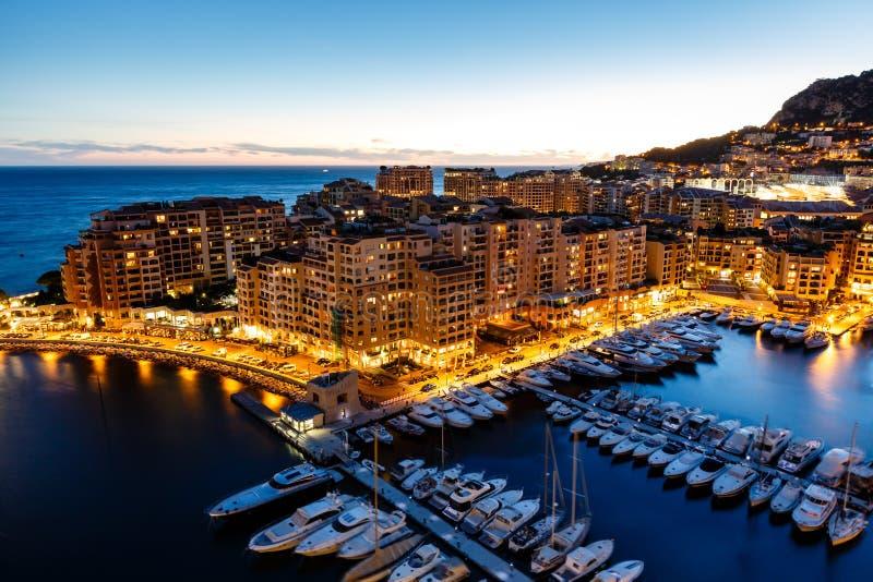Vue aérienne sur Fontvieille et port du Monaco photographie stock