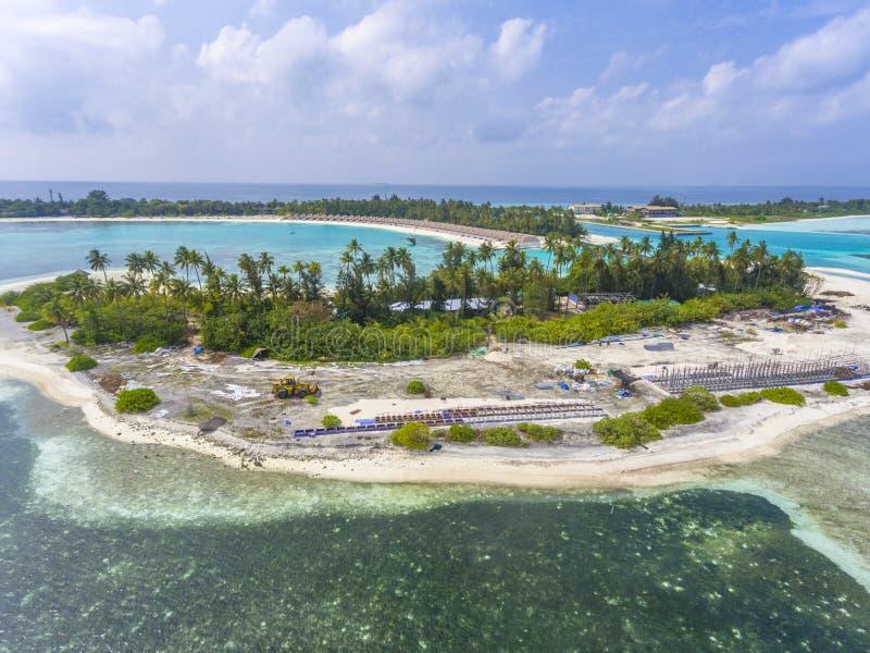 Vue aérienne sur l'île d'Olhuveli, Maldives image stock