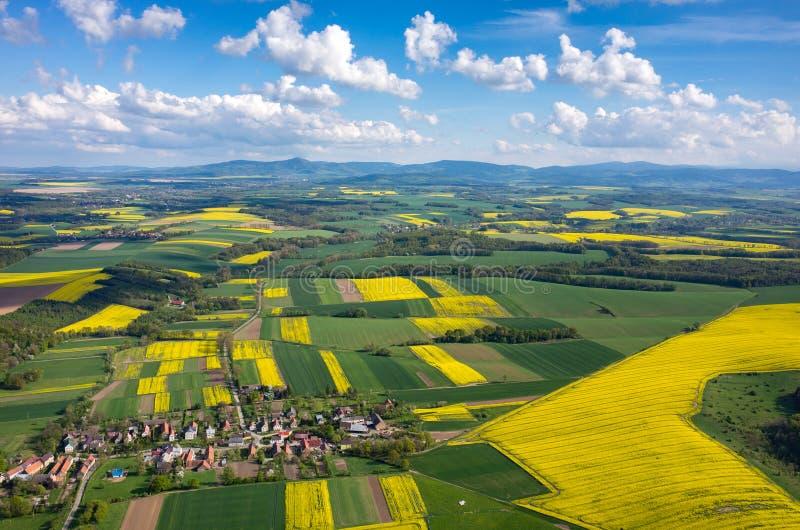 Vue aérienne sur la ville images stock