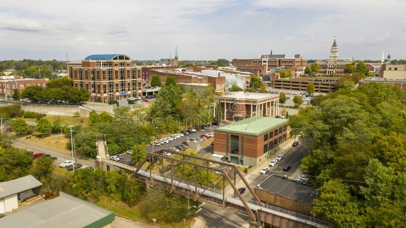 Vue aérienne sur les bâtiments et les infrastructures de Clarksville Tennessee image libre de droits
