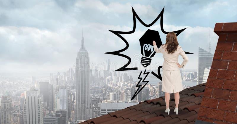 Vue arrière de femme d'affaires sur le toit dessinant l'ampoule dans l'entre le ciel et la terre illustration de vecteur