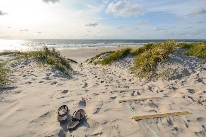 Vue au beau paysage avec des dunes de plage et de sable près de brin de Henne, Jutland Danemark photos stock