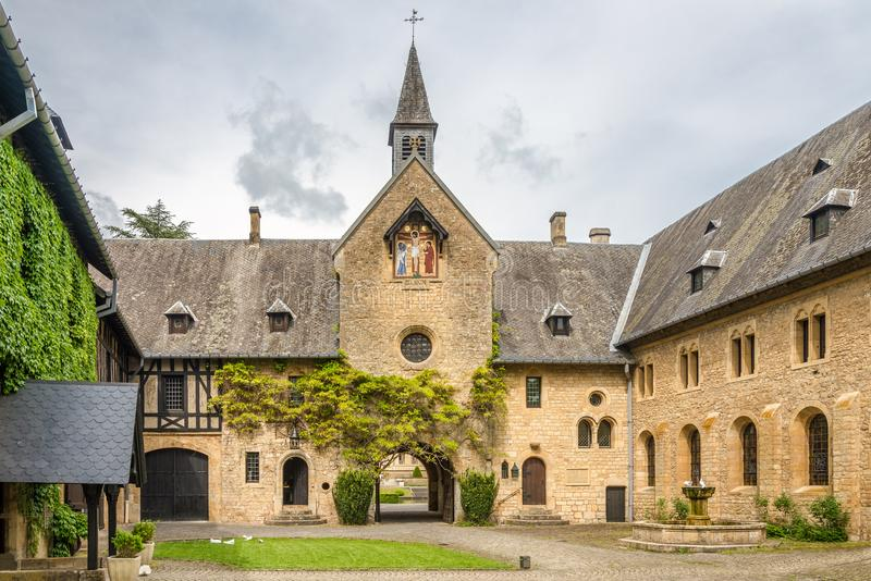 Vue au coutyard d'entrée d'Abbey Villers Orval devant en Belgique images stock