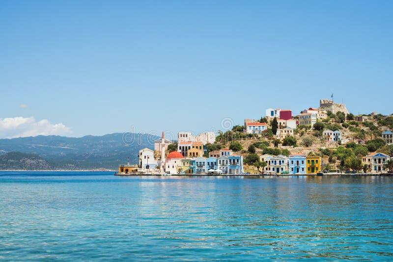 Vue au-dessus de baie de côte d'île de Kastelorizo, Dodecanese, Grèce photographie stock