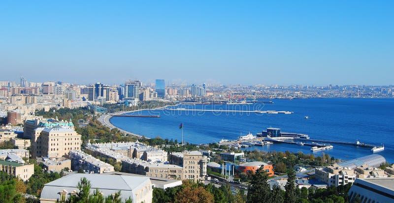 Vue au-dessus de Bakou photos libres de droits