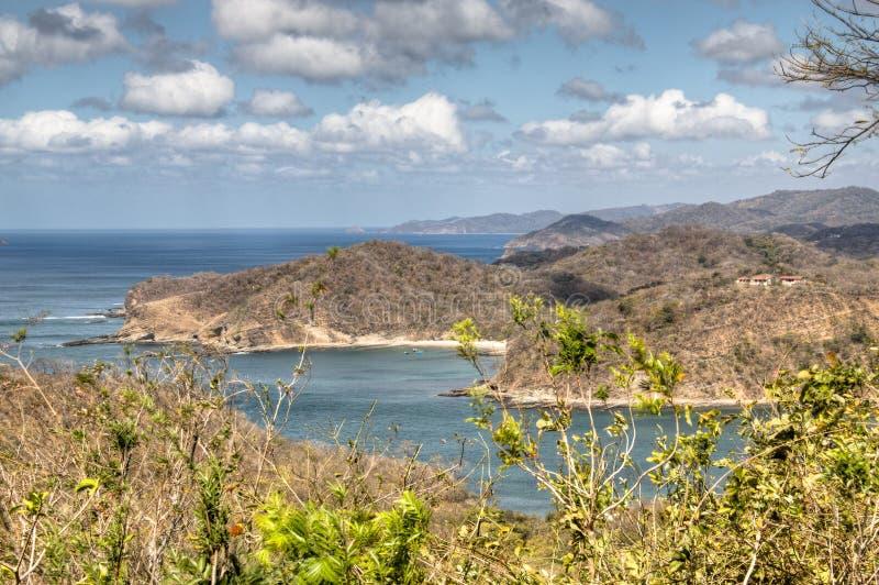Vue au-dessus de la baie de San Juan del Sur, Nicaragua photos libres de droits