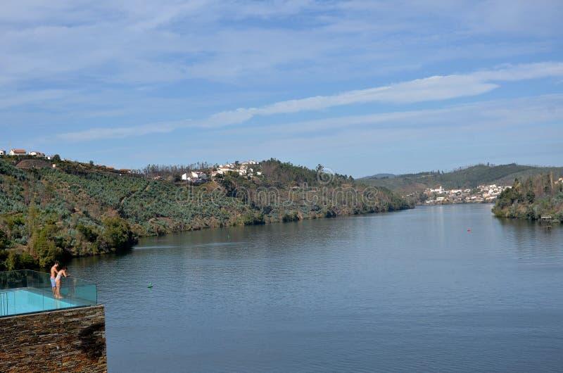 Vue au-dessus de la rivière Douro photographie stock libre de droits