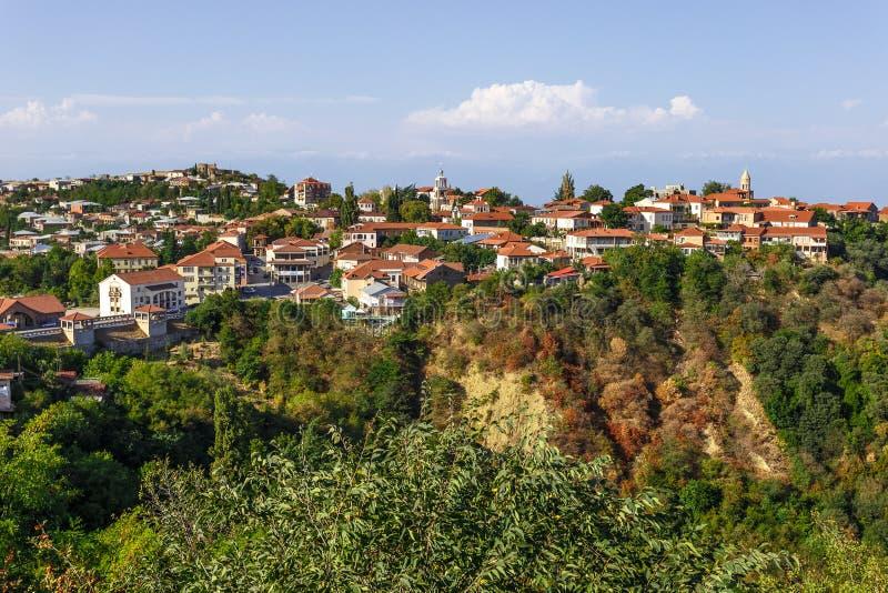 Vue au-dessus de la vieille ville de Sighnaghi (Kakheti, Géorgie) photos libres de droits