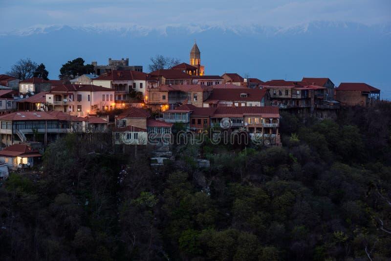 Vue au-dessus de ville de sighnaghi ? l'aube photo libre de droits