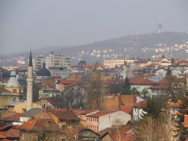 Vue au-dessus des toits à Sarajevo images libres de droits