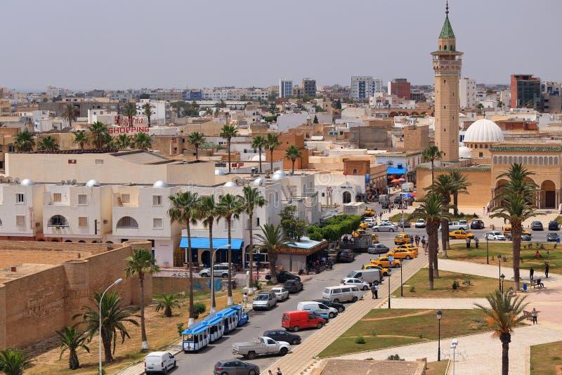 Vue au minaret de la mosquée de Bourguiba dans Monastir photo stock