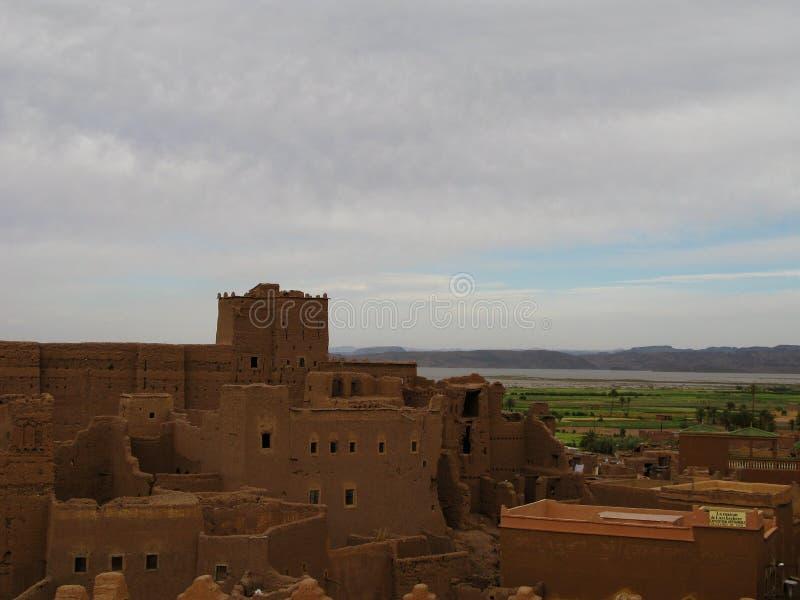 Vue au vieux kasbah de Taourirt de ville d'Ouarzazate aka, Maroc photos libres de droits