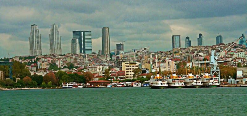 Vue aux tours de Stambul images libres de droits