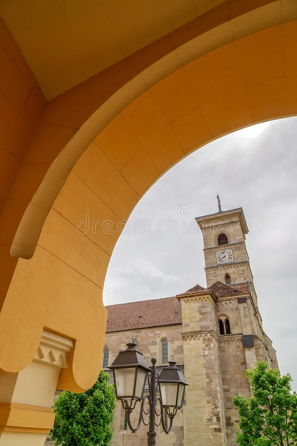 Vue avec le saint Michael Roman Catholic Cathedral, Alba Iulia, RO images libres de droits