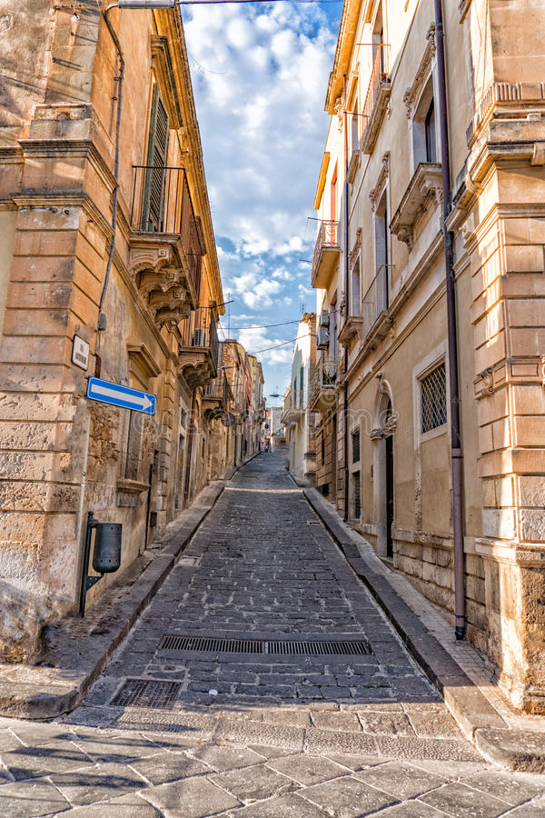Vue baroque de ville de noto de la Sicile le jour ensoleillé photo libre de droits