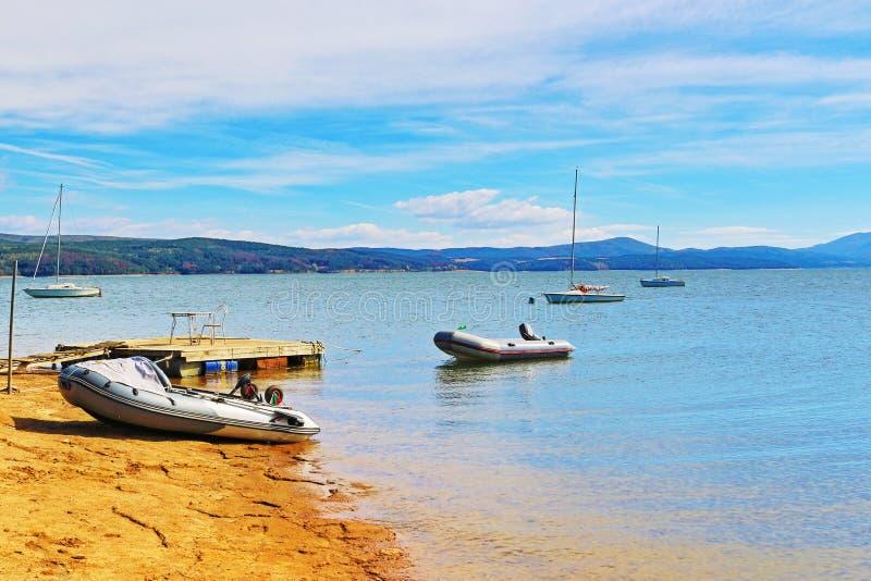 Vue Bulgarie de lac Iskar image libre de droits