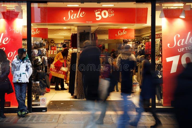Vue célèbre de rue d'Oxford en vente de Noël photo stock