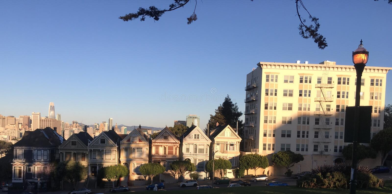 Vue célèbre révisée regardant à San Francisco du centre, 1 photographie stock libre de droits