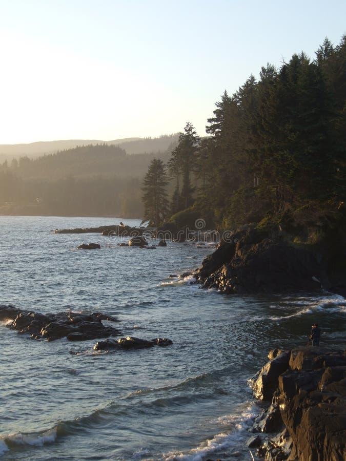 Vue côtière au crépuscule image libre de droits