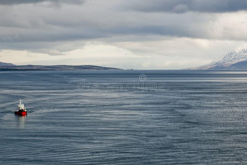 Vue côtière d'Akureyri Islande image libre de droits